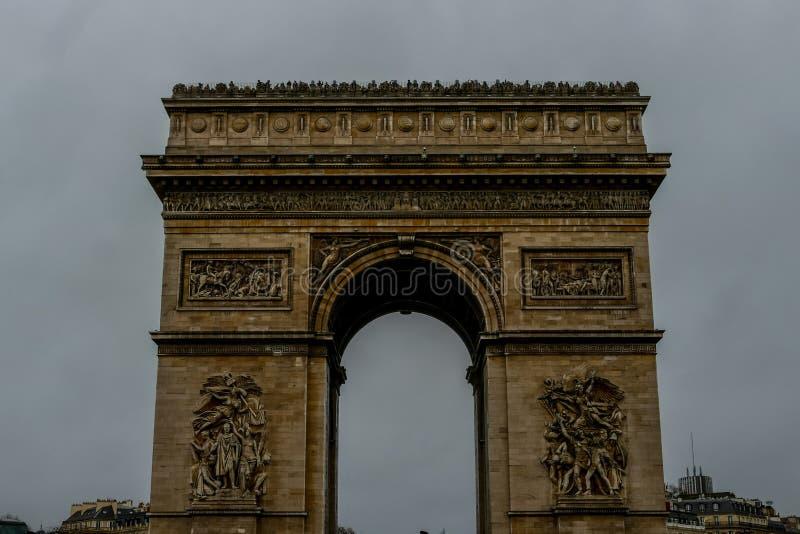 Триумфальная Арка, изображение фото красивый панорамный взгляд города столичного жителя Парижа стоковые изображения rf