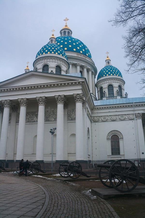 Троица собор Troitsky, Санкт-Петербург, Россия стоковая фотография rf