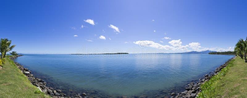 Тропическая панорама в Фиджии стоковое фото rf