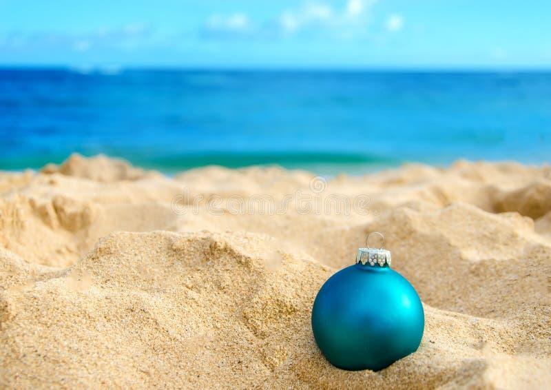 Тропическая предпосылка рождества и Нового Года пляжа стоковое фото