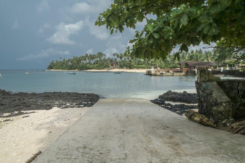 Тропический остров Sao Tome стоковые фотографии rf