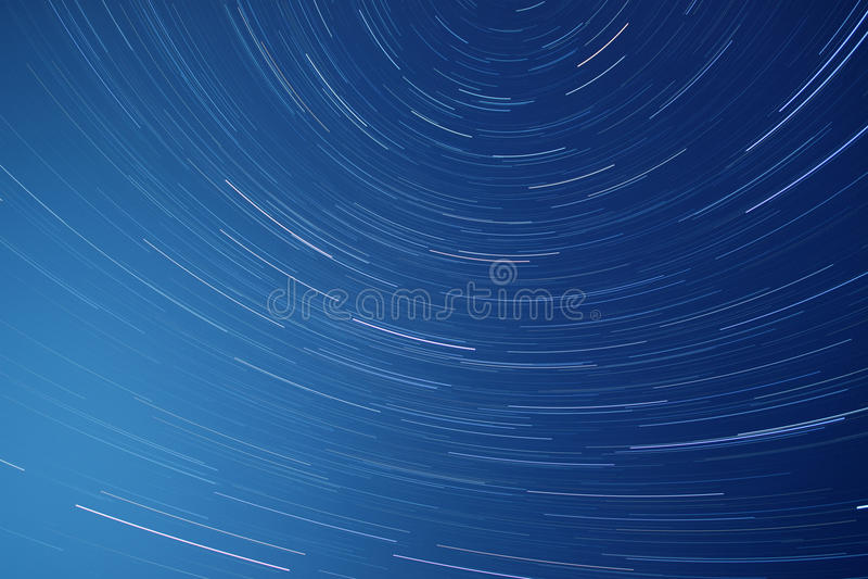 Тропки звезды на ноче стоковое фото