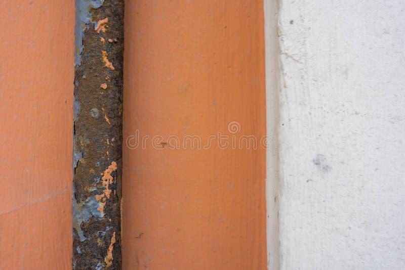 Труба жары металла с корозией стоковое фото rf