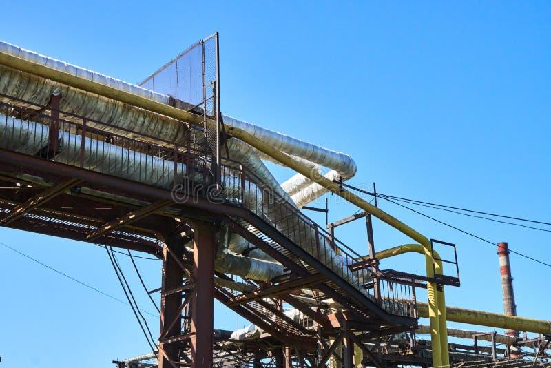 Трубы жары на структуре металла стоковая фотография rf