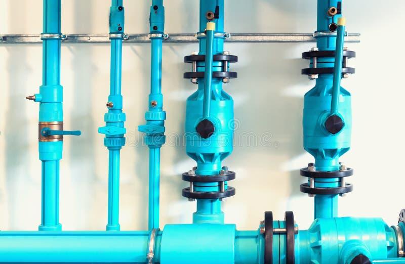Трубы и клапаны стоковое изображение rf
