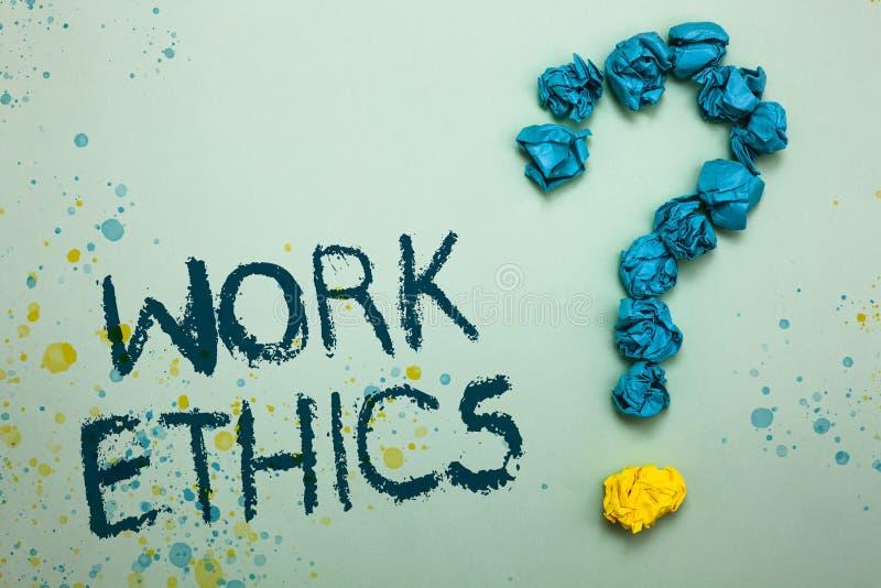 Трудовые этики текста почерка Концепция знача комплект a значений центризованных на важности делать работу скомкала бумаги формир стоковое изображение
