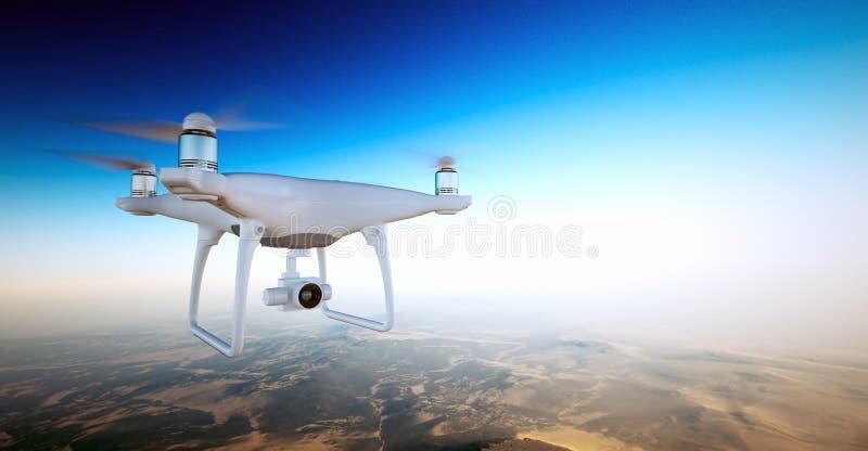Трутень воздуха дизайна фото белый штейновый родовой с небом летания камеры действия под поверхностью земли Необжитая пустыня стоковые фотографии rf