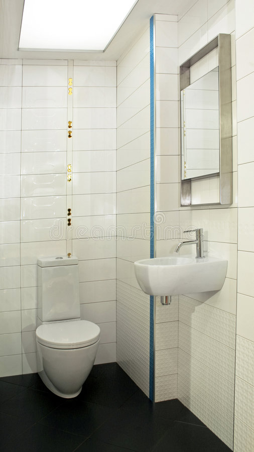 туалет угла малый стоковая фотография rf