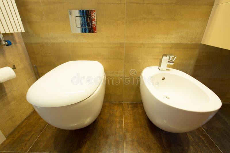 Туалет и биде стоковая фотография rf