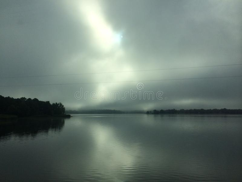 туманнейшее озеро стоковая фотография rf