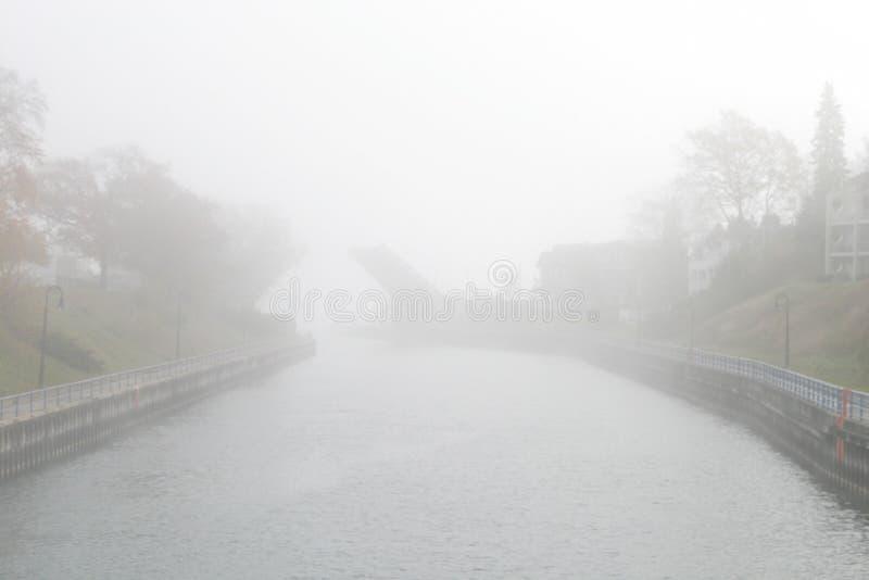 Туманнейший мост стоковое изображение