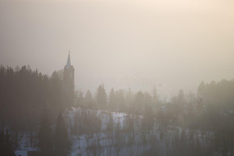 Туманный ландшафт, Szklarska Poreba, Польша стоковые фотографии rf