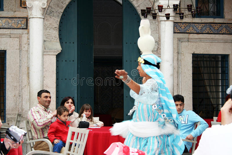 Тунисский танцор стоковое фото rf