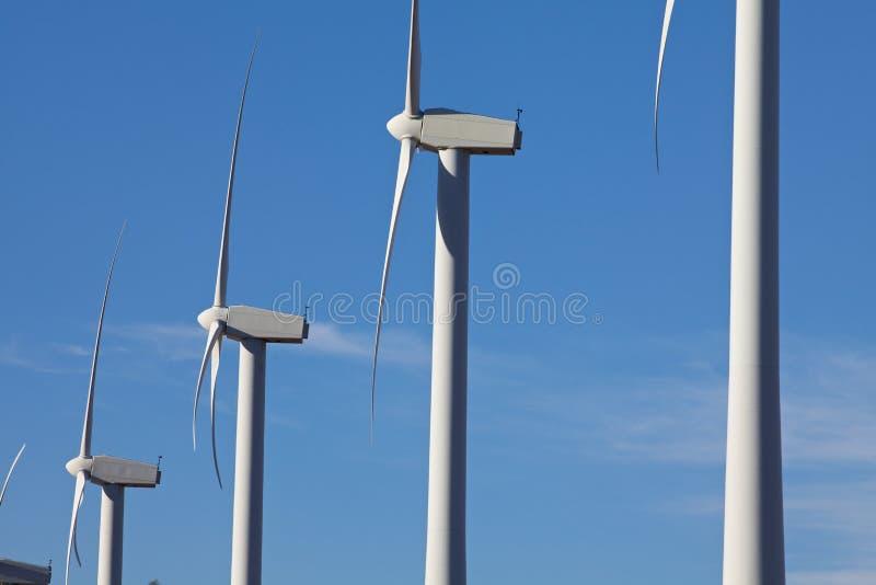 турбины фермы обматывают ветрянку стоковое изображение rf