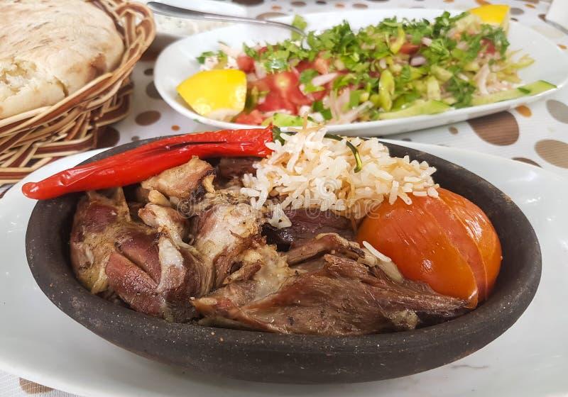 Турецкая овечка Tandoori/Kuzu Tandir Kebap Kebab еды мяса стоковая фотография rf