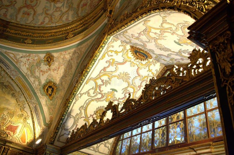 Турецкий богато украшенный дворец внутрь стоковые фотографии rf