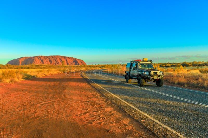 Туризм в Центральной Австралии стоковая фотография rf