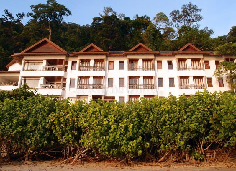 Туризм Eco - тропический курорт в установке природы стоковые изображения