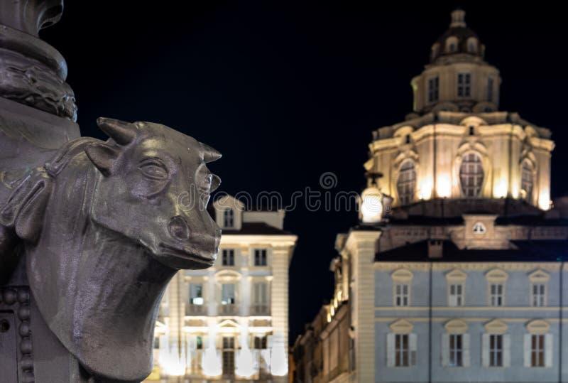 Турин, Пьемонт, Италия к ночь стоковое фото