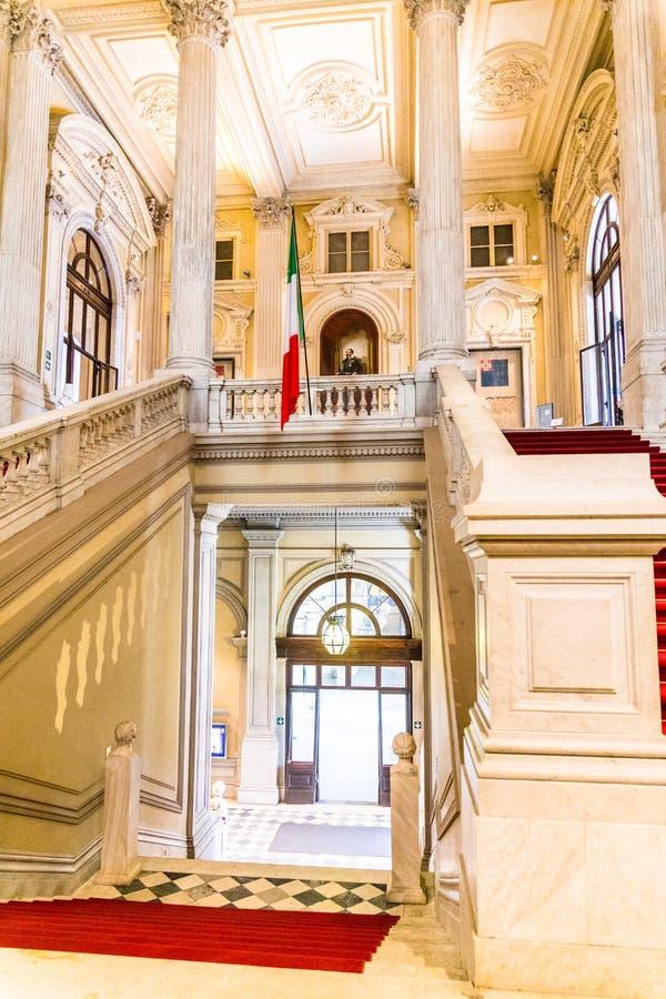 Турин, Пьемонт, Италия, 19-ое августа 2017 Внутренняя лестница Ca стоковые фото