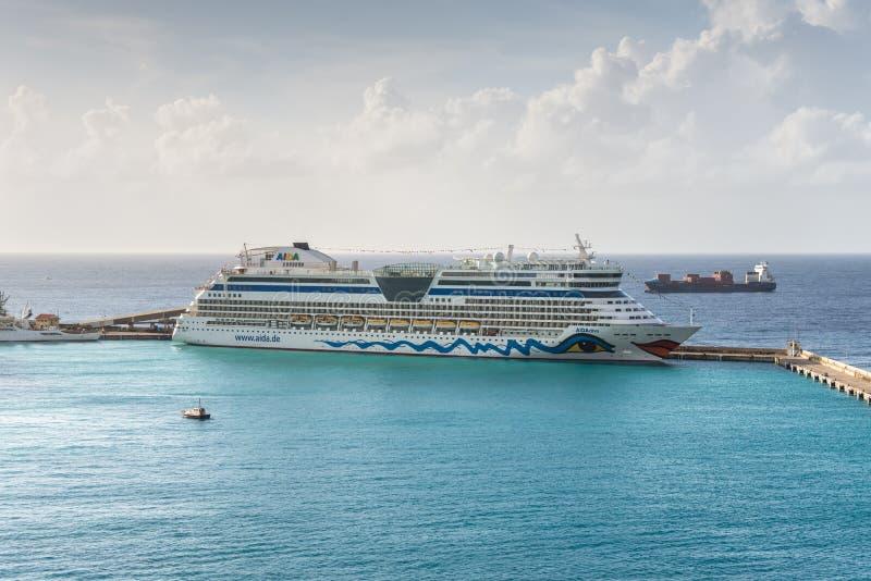 Туристическое судно дивы Aida стоковая фотография