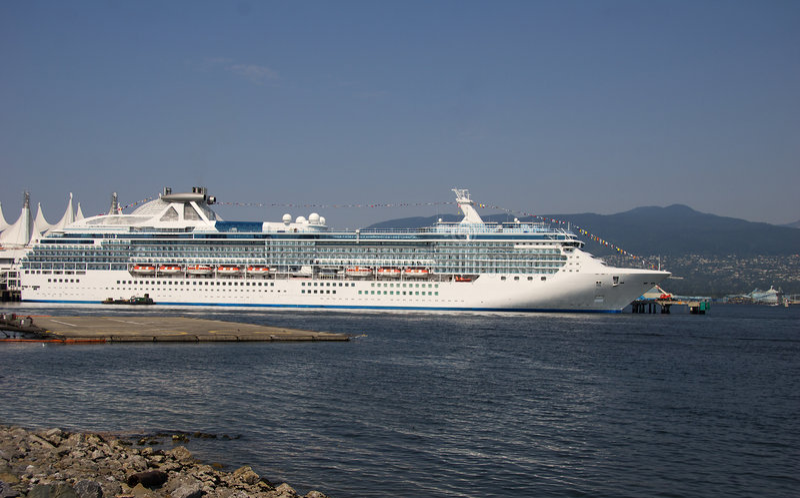 туристическое судно стоковая фотография rf