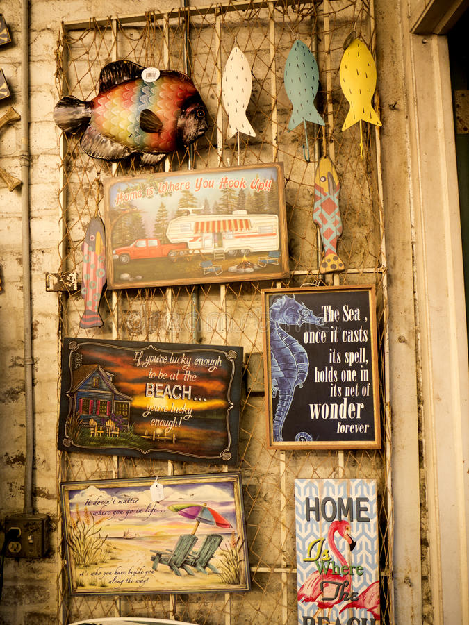 Туристские сувениры в саванне в Georgia США стоковые изображения rf