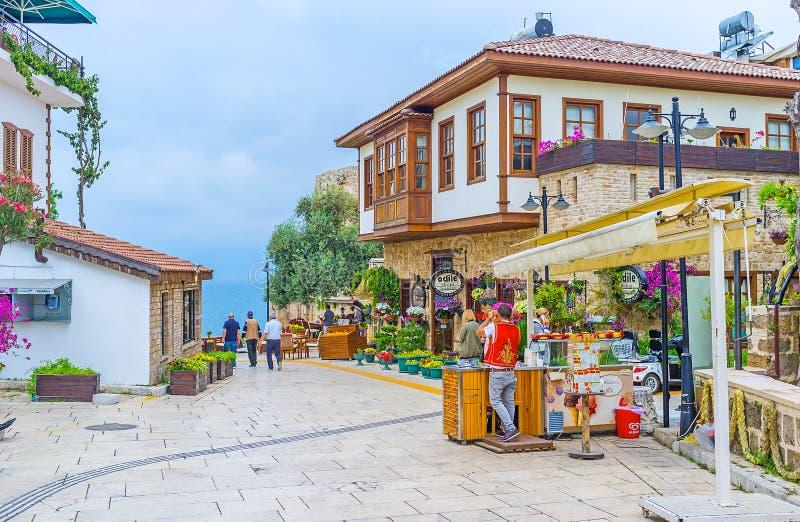 Туристские улицы Антальи стоковая фотография