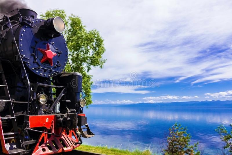 Туристский ретро поезд пара стоковые фотографии rf