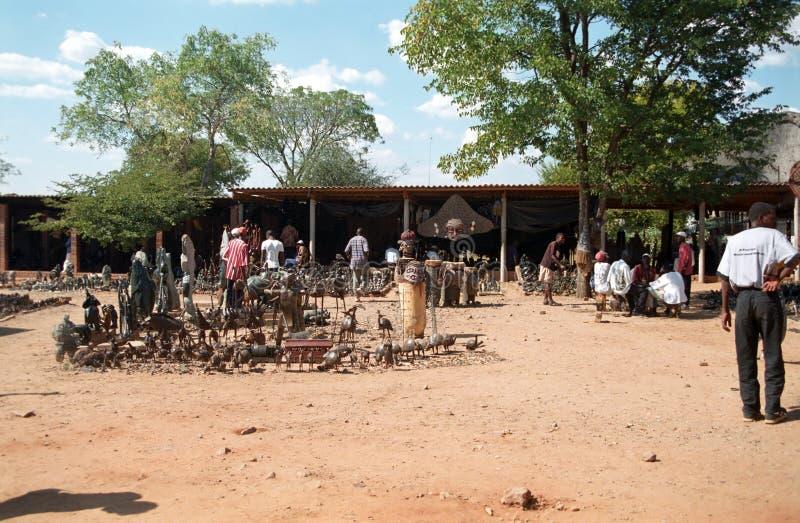 Туристский рынок, Victoria Falls, Зимбабве стоковые изображения rf