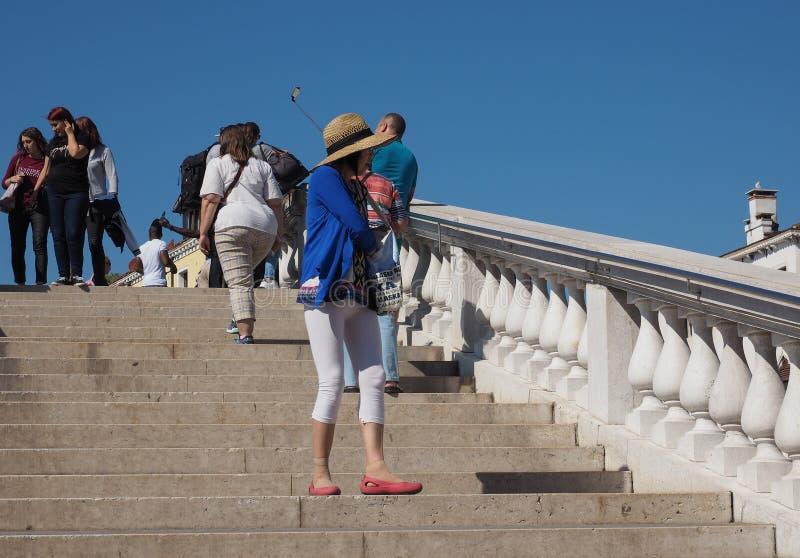 Туристы посещая Венецию стоковое изображение rf