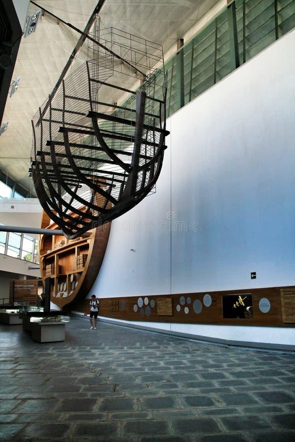 Туристы посещая подводный музей Cartagena стоковое фото rf