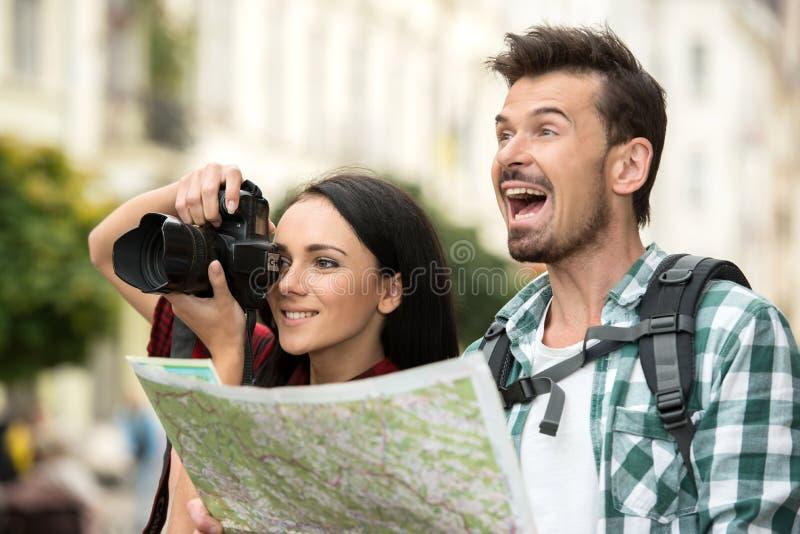 туристы стоковые фото
