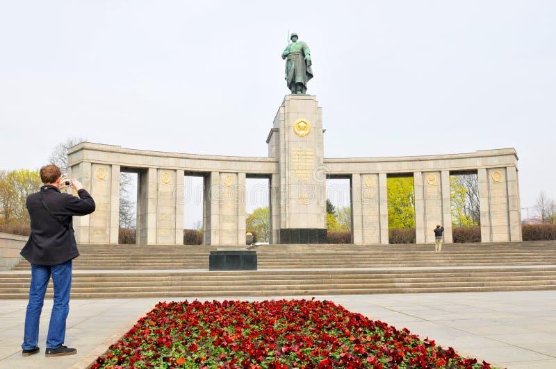Турист в Берлине, Германии стоковая фотография