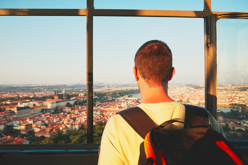 Турист в городе стоковые фотографии rf