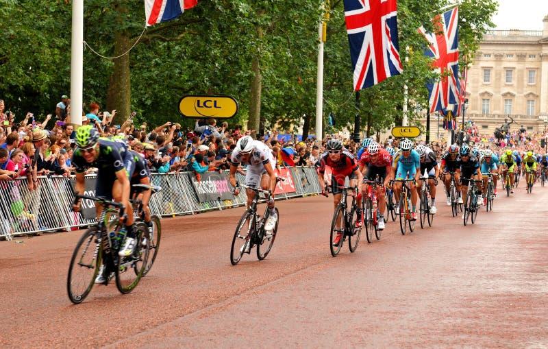 Тур-де-Франс в Лондоне, Великобритании стоковые фотографии rf
