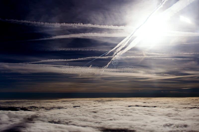 Тучные облака на высоте 5000 m стоковые изображения rf