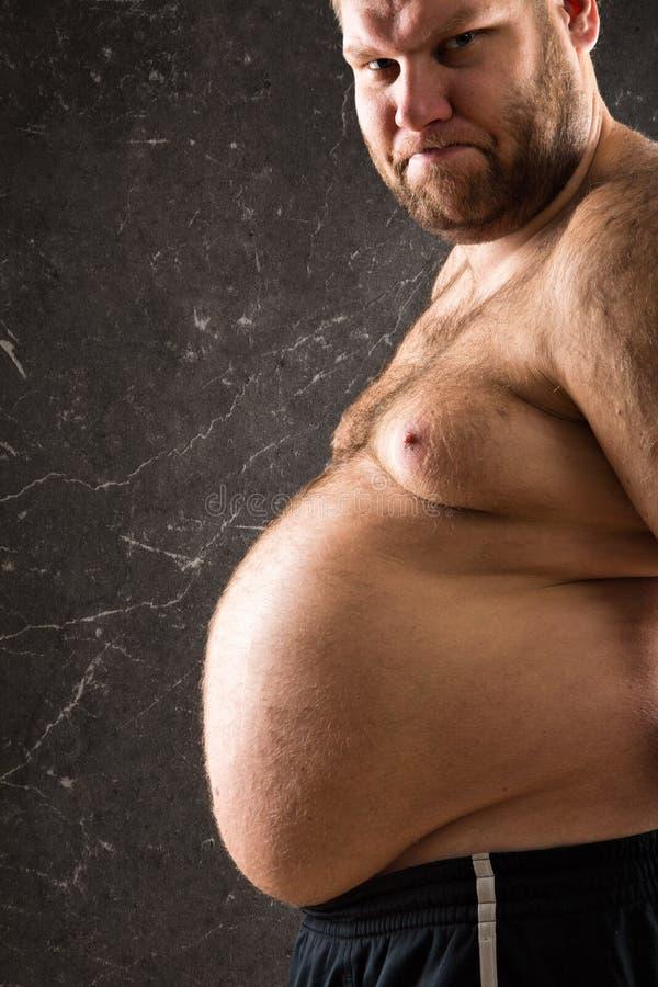 Download Тучным взгляд подрезанный человеком Стоковое Фото - изображение насчитывающей головка, внимательность: 37925646