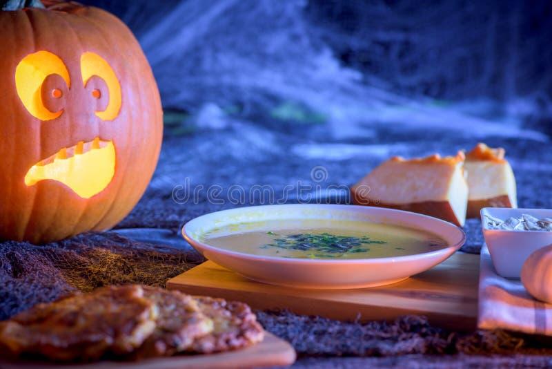 Тыква хеллоуина - открытка стоковые изображения