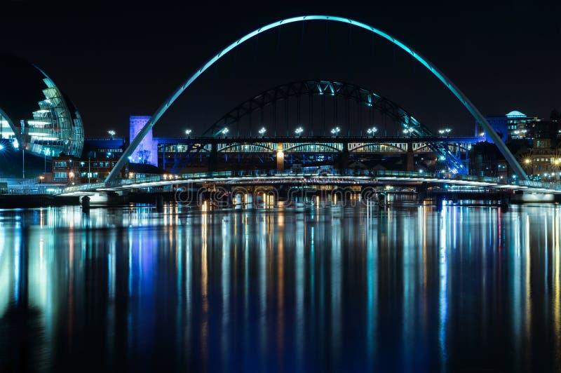тысячелетие моста стоковое фото