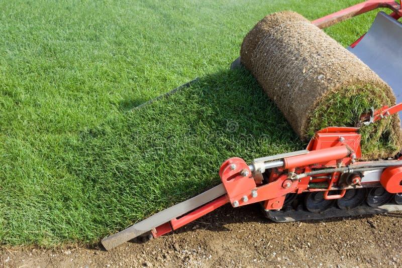 тюкуя машина травы стоковые изображения