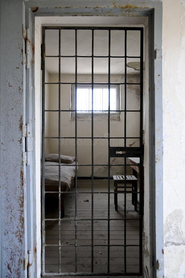 тюрьма клетки стоковая фотография