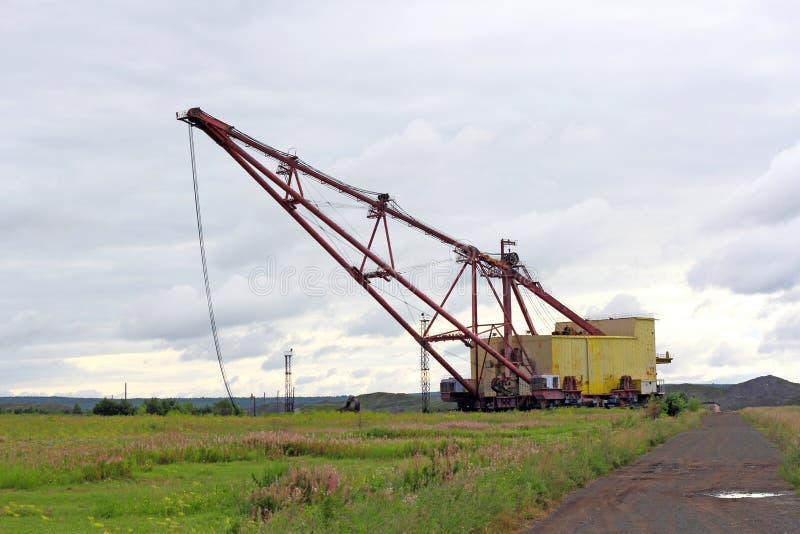 Тяжелая землечерпалка угля в угольной шахте стоковое изображение rf