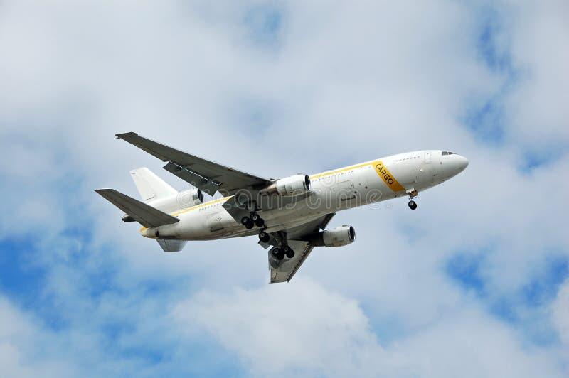 тяжелый реактивный самолет dc 10 грузов стоковые фото
