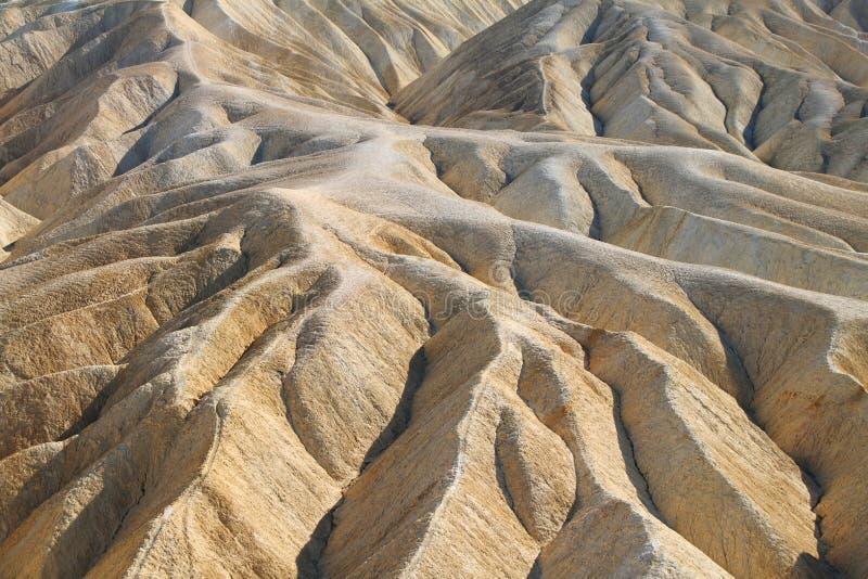 Тяжело выветренные гребни в золотом каньоне, Death Valley стоковое фото rf