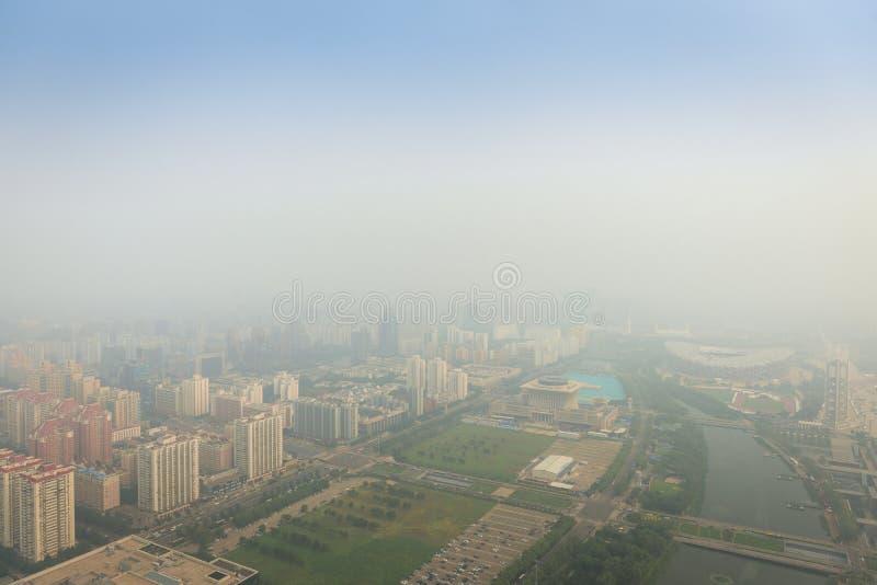 Тяжелый смог в Пекине стоковое фото rf