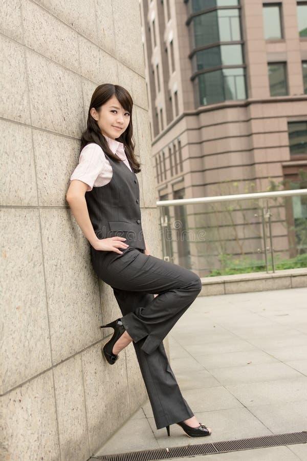 Уверенно женщина дела стоковая фотография rf