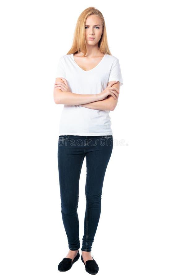 Уверенно серьезная молодая женщина стоковое изображение