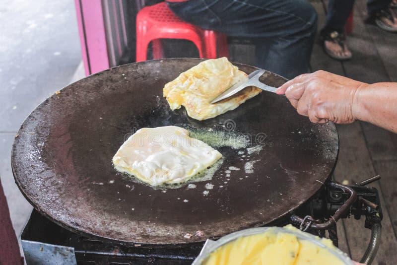 Увольнянное Roti тайских мусульман стоковые изображения