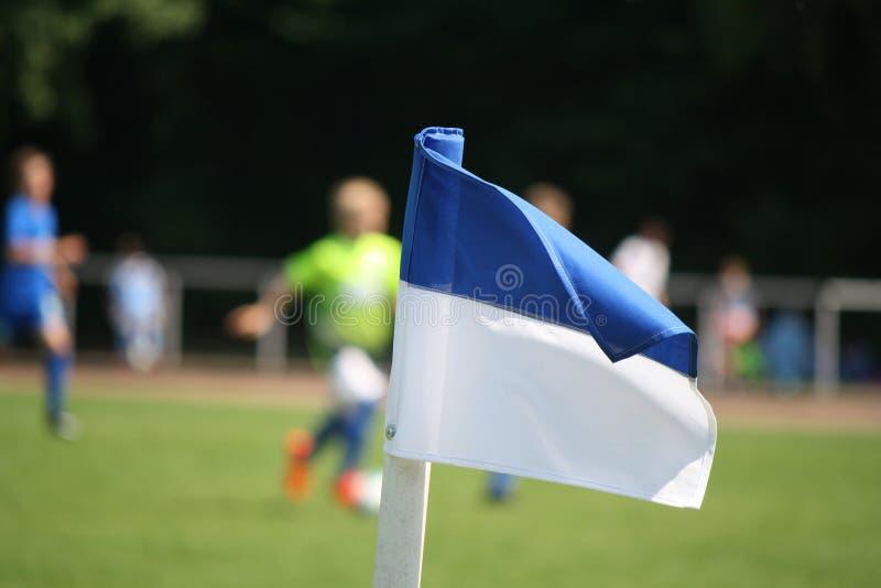 Угловой флаг в футболе стоковая фотография rf
